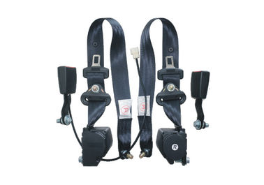 Comfortable Three Point Fixed Car Safety Seat Belts Tilted 30 Degree Install